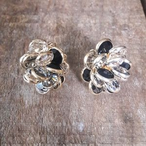 Stunning Swarovski Clip-On  Earrings*VINTAGE*